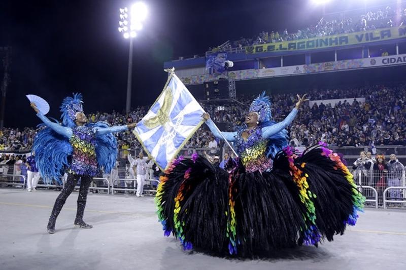 Coronavírus adia carnaval de São Paulo em 2021