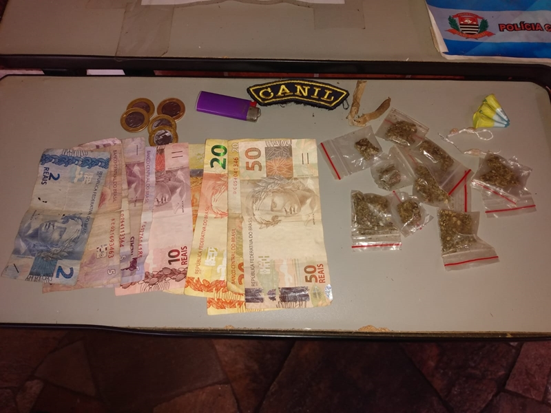Canil da GM apreende menor com maconha, cocaína, crack e dinheiro no Cidade Aracy