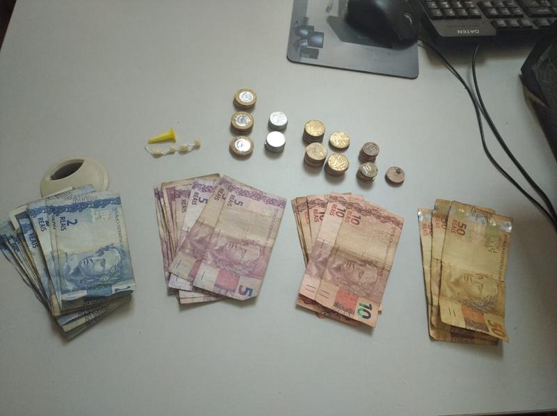 Menor é apreendido pela GM com drogas e dinheiro no Cidade Aracy