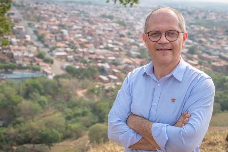 Erick Silva questiona contrato prefeitura com a FGV para plano de mobilidade