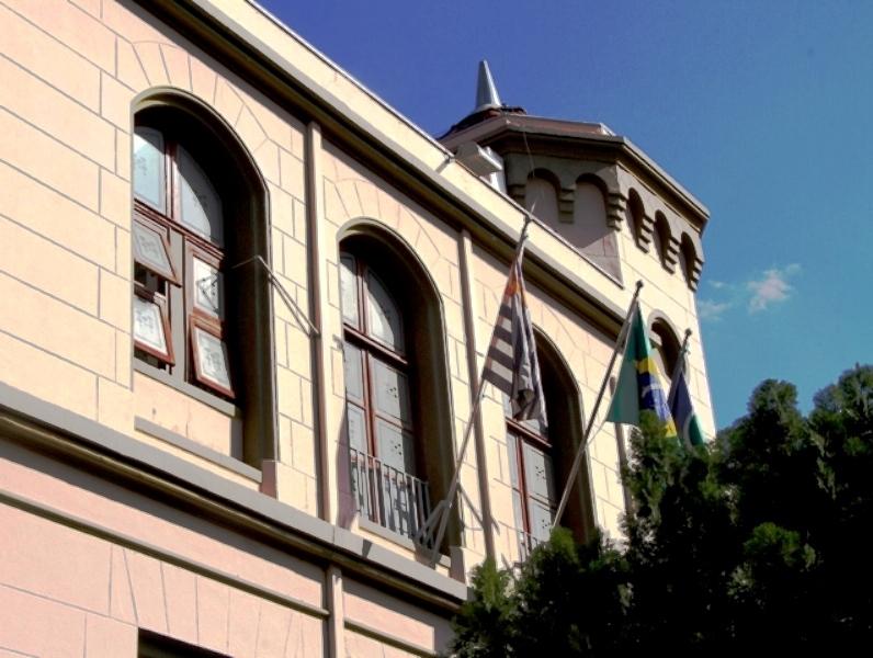 Câmara de São Carlos regulamenta retorno ao trabalho presencial a partir do dia 26