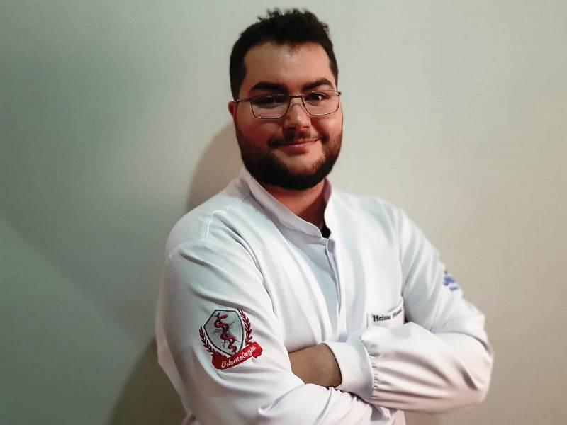 Estudante de Odontologia publica artigo em revista
