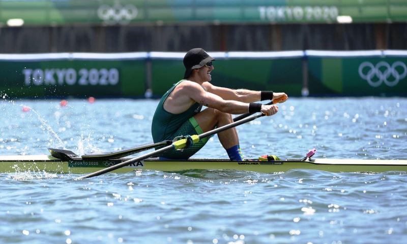 Lucas Verthein cai na semifinal do remo