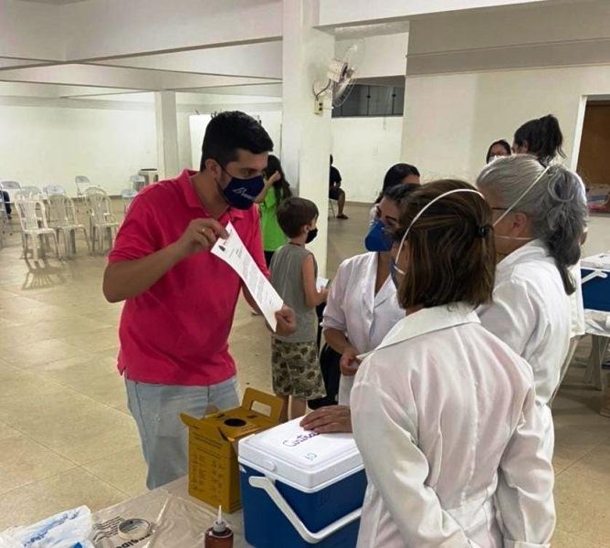 Plantão de vacinação noturno atende pedido de Bruno Zancheta