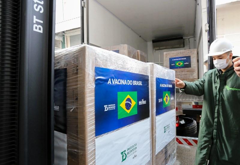 São Carlos registra 10,5 mil pessoas faltosas da 2ª dose da vacina
