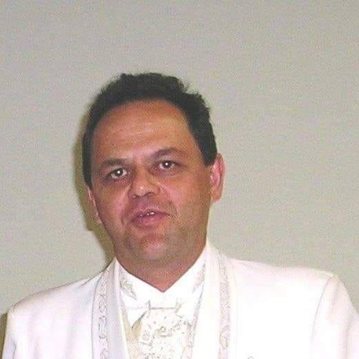 Morre Valdecy Brochine Junior, dono da Feira do Disco, aos 58 anos