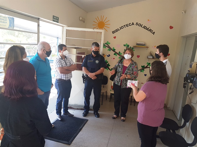 Roselei reúne secretários no Cemei Maria Alice Vaz de Macedo
