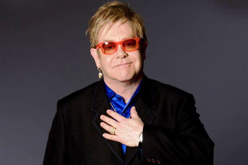 Elton John lança álbum feito na pandemia