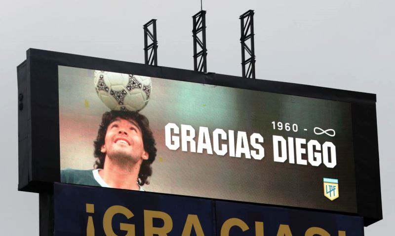 Barcelona disputará amistoso com Boca Juniors em homenagem a Maradona