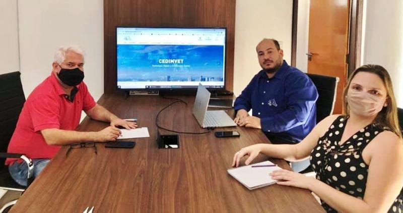 Câmara aprova projeto de Marquinho e concede título a Odair Confella Júnior