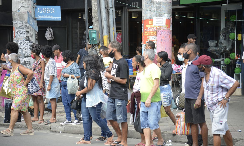Brasil registra 185 óbitos e 7.359 diagnósticos em 24 horas