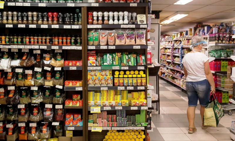 Consumo cai 2,33% em agosto ante julho, diz Abras